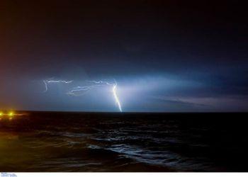 Καιρός σήμερα: Ισχυρές βροχές, μπόρες και χαλάζι