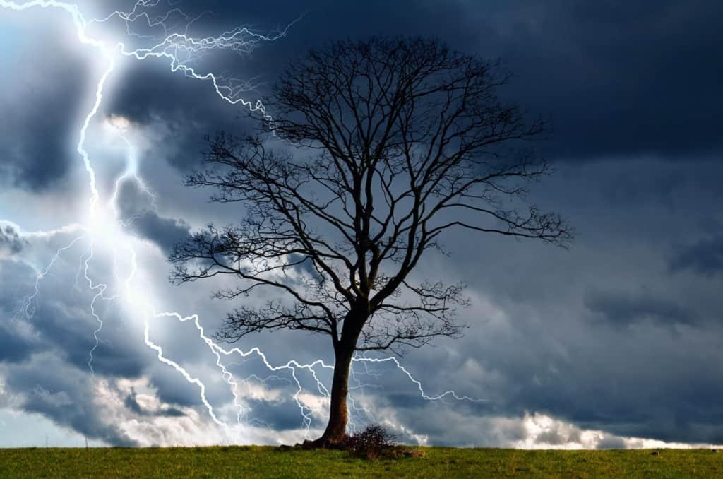 Καιρός σήμερα: Καταιγίδες και χαλάζι – Πού θα χτυπήσει η κακοκαιρία