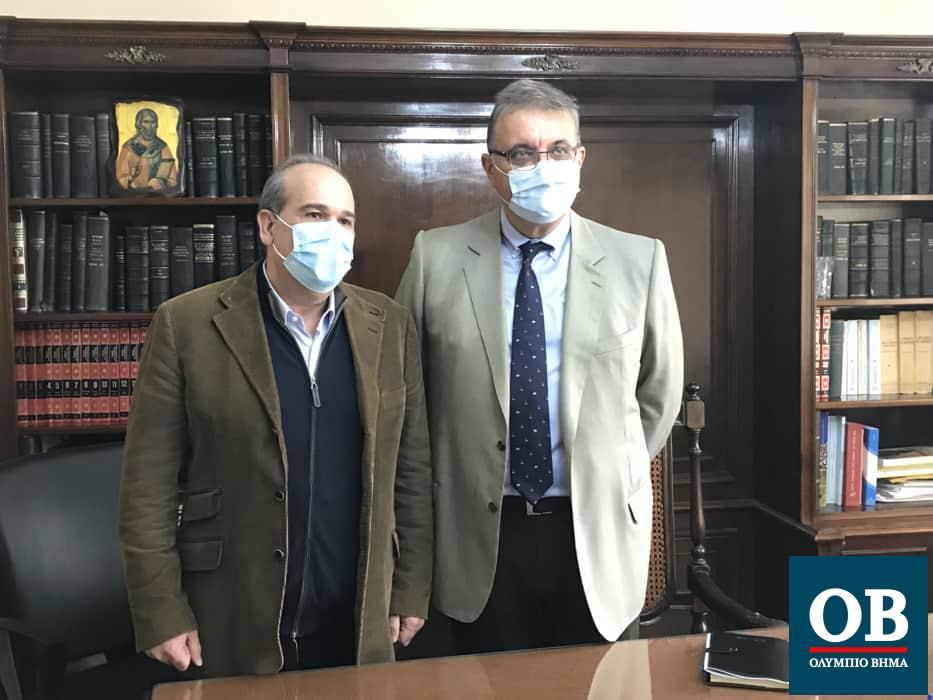 Με τον Ιατρικό Σύλλογο Πιερίας συναντήθηκε ο Πρόεδρο του Πανελλήνιου Ιατρικού Συλλόγου (ΠΙΣ) Αθανάσιος Εξαδάκτυλος χθες στην Κατερίνη (φώτο & βίντεο)