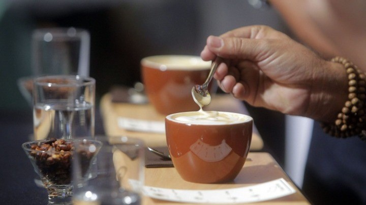Μειώνει ή όχι το βάρος ο καφές;