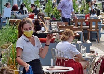 Νέα μέτρα: Όσα ισχύουν από σήμερα σε λιανεμπόριο, σούπερ μάρκετ, μάσκες και αποστάσεις