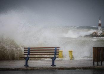 Ο Καιρός Σήμερα: Κακοκαιρία Αθηνά – Πού αναμένονται καταιγίδες & χαλάζι